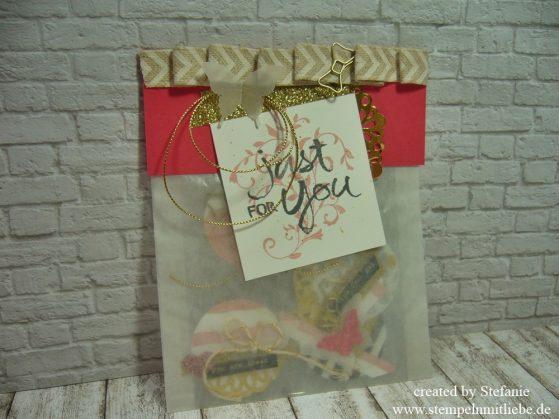 Geschenktüte mit Anhänger / Tags inkl. Mini-Anleitung