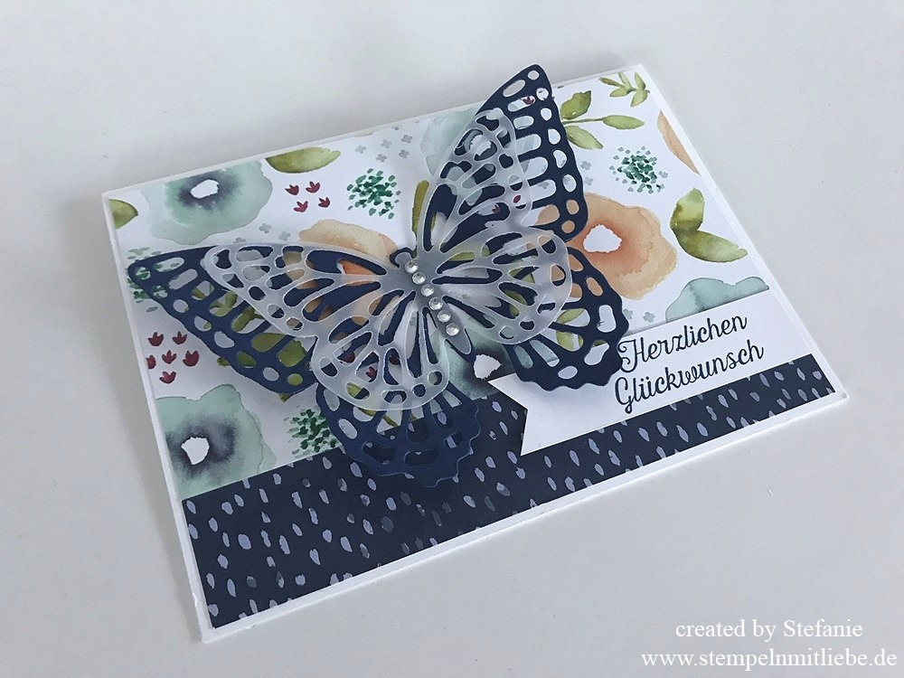 Schnelle Schmetterlings-Geburtstagskarte 03