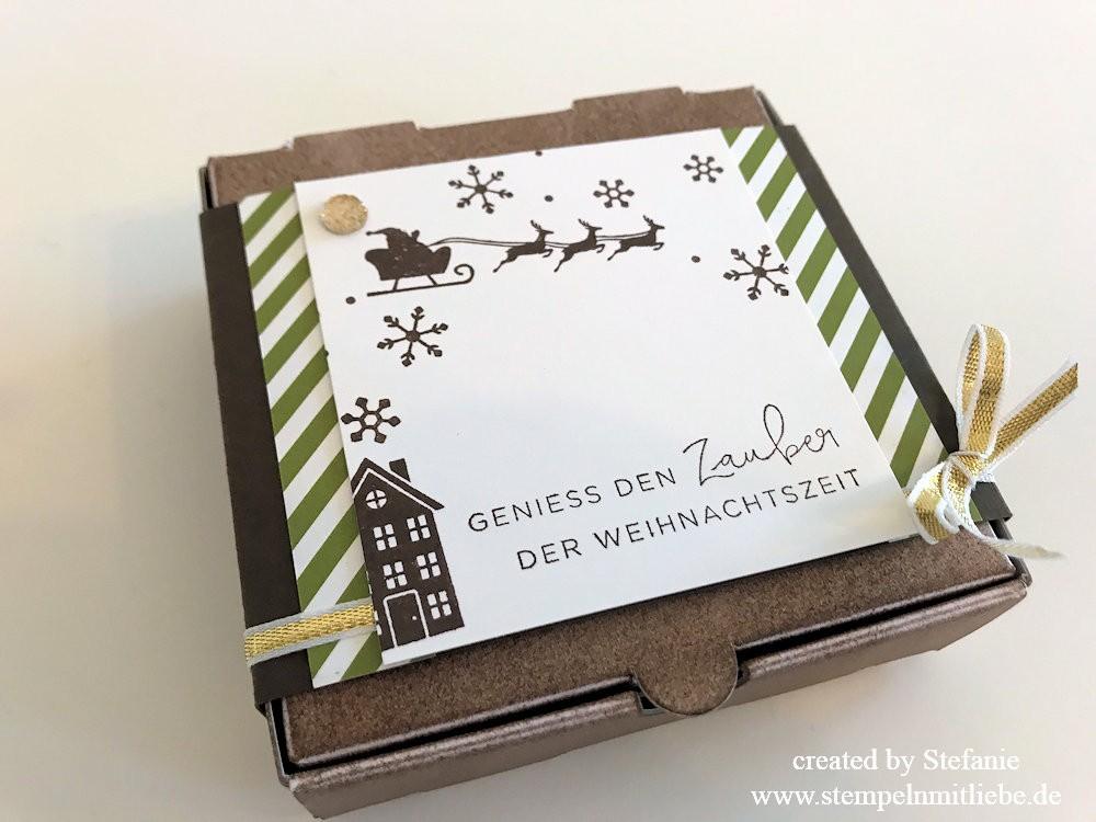 Weihnachtliche Pizzaschachtel Global Design Project 102 02