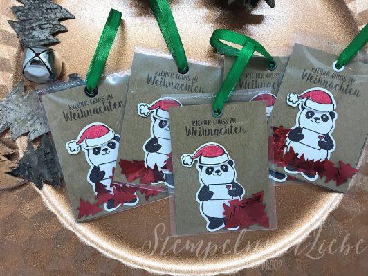 Panda-Lesezeichen zu Weihnachten