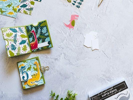 Dino-Minialbum aus einem Blatt