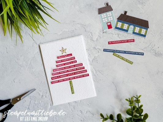 Weihnachtsbaum mit Adventsstädtchen