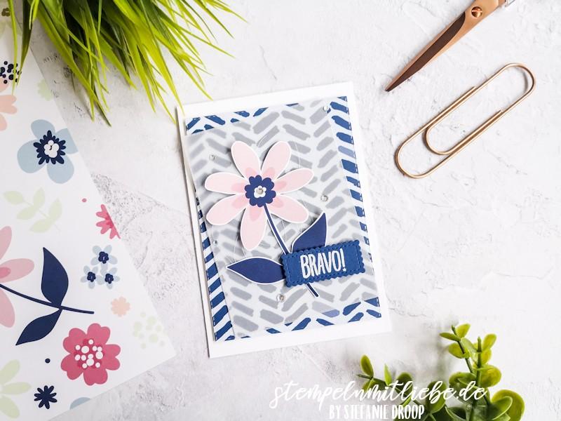 Bravo mit DSP Papierblüten - Marineblau - Grußkarte - Pergament - Designerpapier Papierblüten - Stempeln mit Liebe - Stampin' Up!
